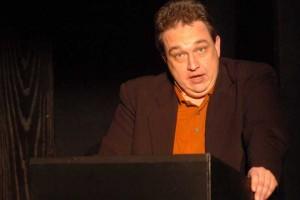Der Rächer der Entnervten: Oliver Kalkofe lästert über den TV-Irrsinn. <small> Foto: C. Holowaty </small>