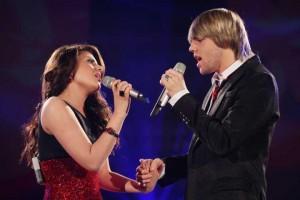 DSDS-Finale: Sarah Kreuz und Daniel Schuhmacher singen sich ins Internet. Foto: RTL/Stefan Gregorowius