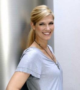 Verena Wriedt moderiert das neue Sat.1-Promi-Magazin Stars & Stories. Foto: Sat.1 / Claudius Pflug